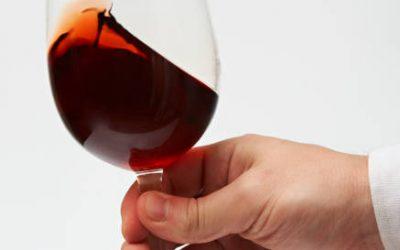 Các bước thưởng thức rượu vang